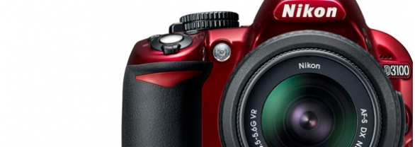 Nikon D3100 en rouge disponible à partir du 22 septembre